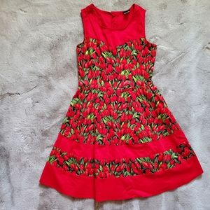 Retrolicious Vibrant Red Floral Tulip Dress